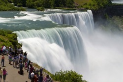 Niagara Tourists