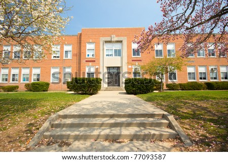Nice image of a typical American elementary school on a sunny spring day