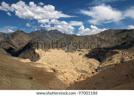 nice scenery of dry mountain in indian himalayas