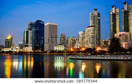 Night City #589779344