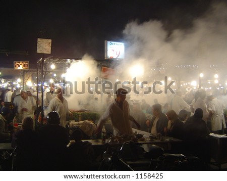 Night Food stalls – Marrakesh (some noise and focus problems at full size)