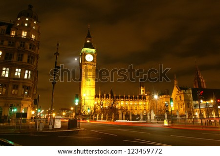 Night scene of Big Ben and House of Parliament, London, United Kingdom
