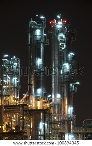 """Night scene of chemical plant  , """"Maptaphut industrial"""" , Eastern of Thailand"""