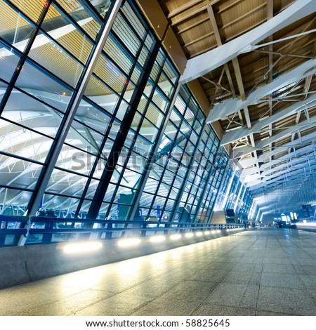 night scene of Shanghai's Pudong International Airport Terminal t2.