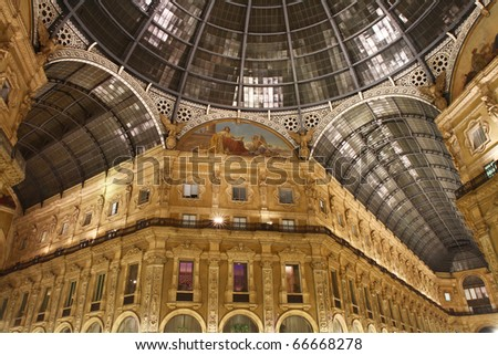 Night shot of the famous Galleria Vittorio Emanuele II in Milan
