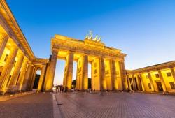 Night time illuminations of the Brandenburg Gate (1788), Berlin, Germany.