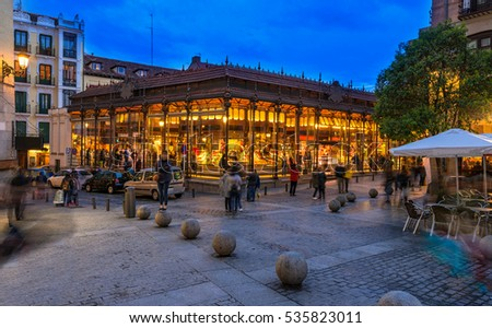 night view of mercado san...