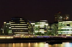 Night view of the London City Hall