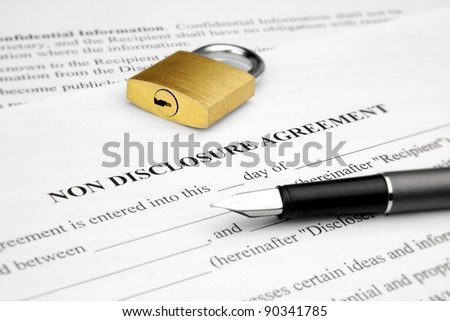 Non disclosure agreement with lock and pen