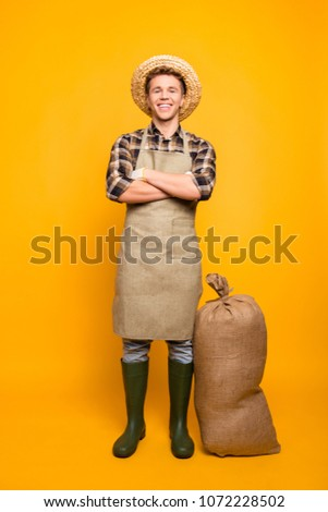 Non-gmo gmo-free people person many brown healthcare entrepreneur concept. Vertical full-length portrait of friendly glad with crossed folded arms man isolated on background wearing hay hat #1072228502