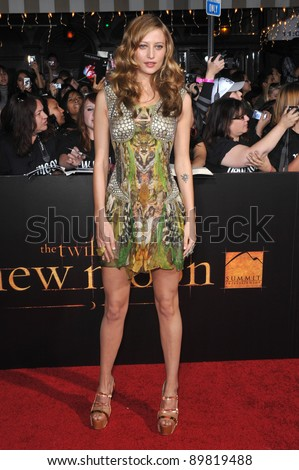 """Noot Seear at the world premiere of her new movie """"The Twilight Saga: New Moon"""" at Mann Village & Bruin Theatres, Westwood. November 16, 2009  Los Angeles, CA Picture: Paul Smith / Featureflash"""