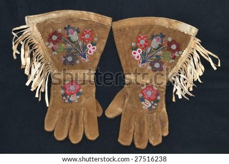 Indian Wars Regulation Muskrat Fur Winter Gloves Two Pairs - Price ...