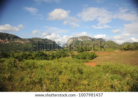 Northern region of Cuba, Vinales and Mogotes mountains #1007981437