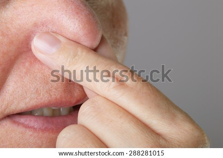 nose hold with open mouth