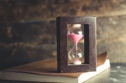 Notebook, hourglass