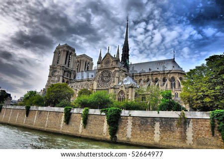 Notre Dam in summer from river