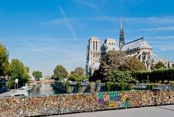 Notre Dame, Paris, view from Pont de l'Archev���©ch���©