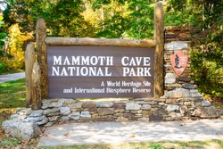 NPS Sign at Mammoth Cave National Park