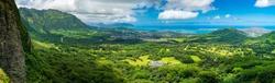 Nuuanu Pali lookout - Oahu, Hawaii