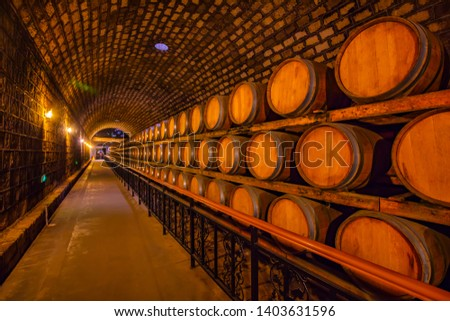 Oak barrels in wine cellars, Changli County, Hebei Province, China Stockfoto ©