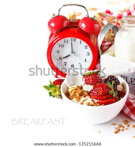 Oat flakes with yogurt and berries for breakfast.