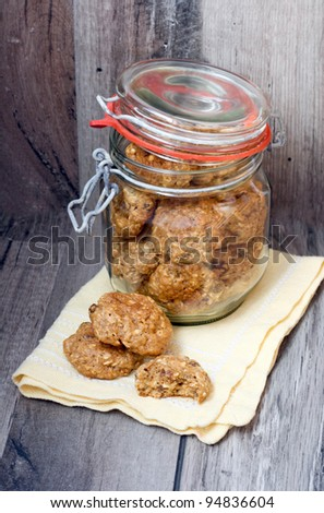 Oatmeal and raisin cookies healthy version