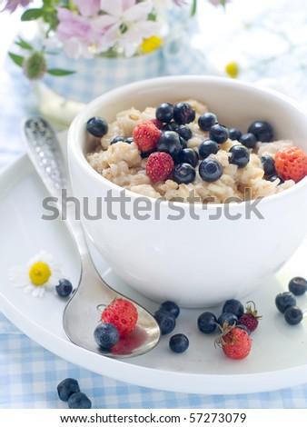 Oatmeal porridge with blueberry for breakfast