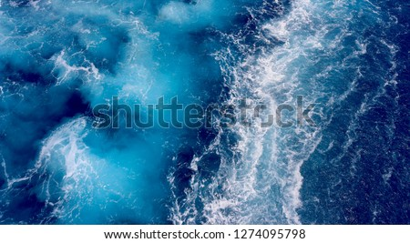 Ocean water stirred by cruiseship