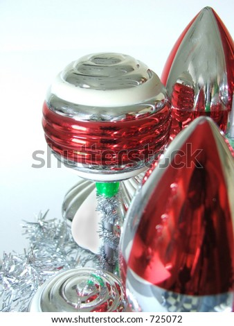 Odd red & silver retro ornaments.