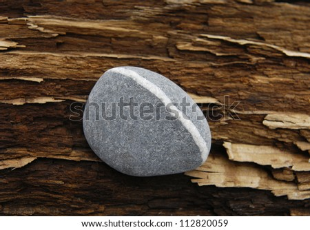 Of old Wood and zen Stone