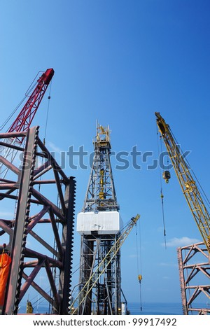 Offshore Drilling Rig (Jack Up Rig) With Rig Cranes - Petroleum Industry