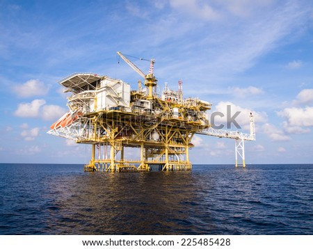 Oil and gas platform with gas burning Power energy