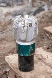oil drilling equipment for workover. Used oil drilling bit head. Tricone Oil Drill Bits