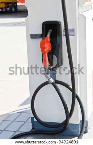 Oil filling tool