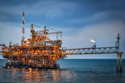Oil processing platform in the middle of the ocean