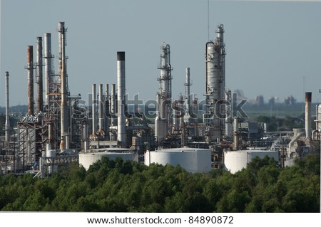 Oil refinery on the mississippi river near the gulf entrance