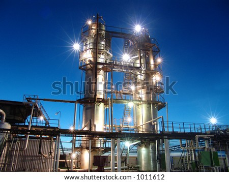 Oil refining factory #1011612