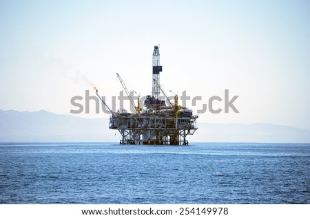 Oil rig platform on Pacific Ocean right out from Channel Island National Park, California