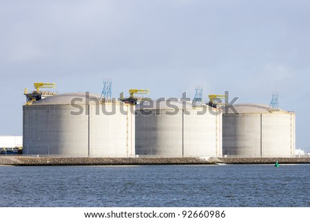 Oil storage tanks in the Rotterdam harbor