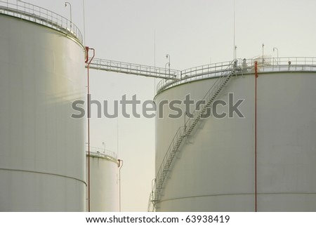 Oil storage tanks - Paldiski, Estonia