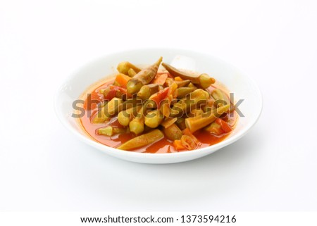 Okra dish with tomato sauce