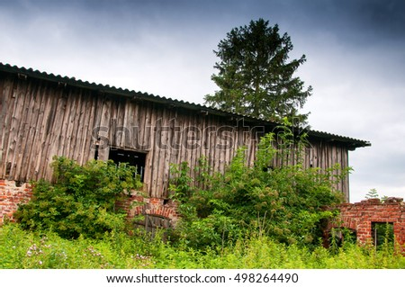 Old abandoned barn on country #498264490