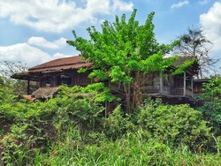 Old Abandoned House in Disrepair.