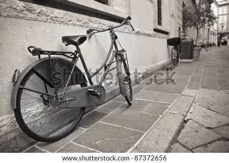 old bicycle in the historic...