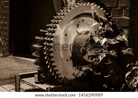 Old big gears, Black and White Photo, Sepia Photo