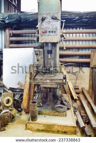 old boring machine in turning work shop