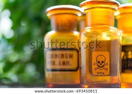 Old bottle-medical-poisonous Foto stock ©