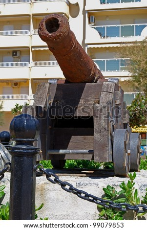 Old canon displayed along the seafront, Fuengirola, Costa del Sol, Malaga Province, Andalucia, Spain, Western Europe.