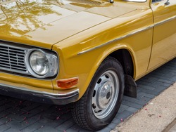 Old car vintage retro past time
