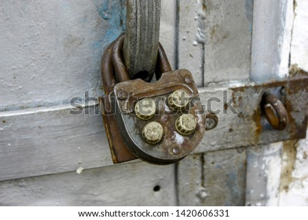Close up of a combinations safe dial lock Images and Stock Photos